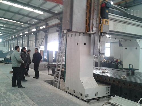大型机械设备吊装搬运