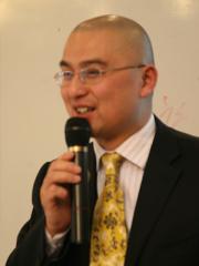 彭小东 新闻写作培训专家
