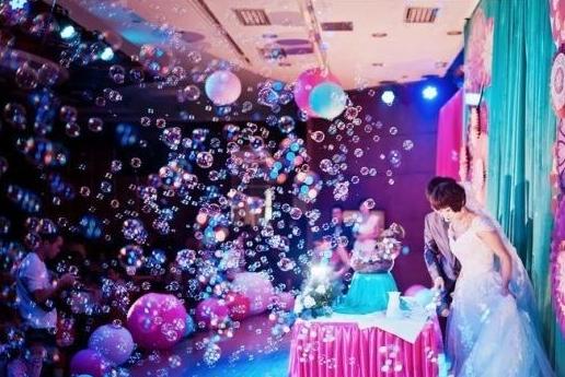 泡泡机、舞台泡泡机、彩泡机、雪花机